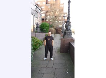 EasyRoommate UK - joseph - 30 - Newark
