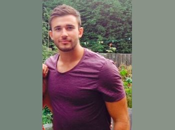 EasyRoommate UK - Tommy - 21 - Leicester