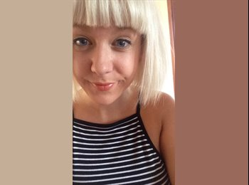 EasyRoommate UK - Claire - 20 - Worcester