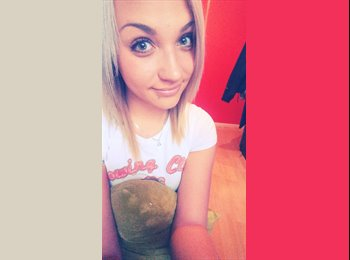 EasyRoommate UK - Martyna  - 19 - Windsor