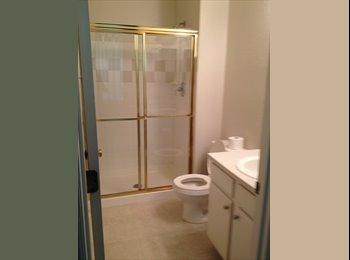 EasyRoommate US - Room/Bathroom $600/mo incl. util. - Southeast Jacksonville, Jacksonville - $600