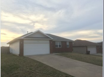 EasyRoommate US - All inclusive - House - Springfield, Springfield - $450