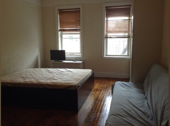 EasyRoommate US - LARGE Room Available ASAP in Queens! - Woodside, New York City - $700