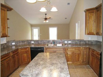 EasyRoommate US - Master Suite and Private Bath for rent! - Southeast Jacksonville, Jacksonville - $595