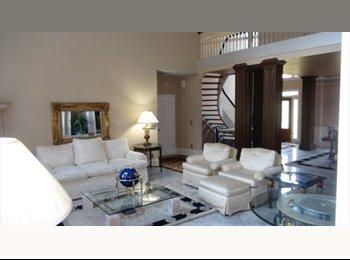 EasyRoommate US - Beautiful lake view home - Stone Mountain & Vicinity, Atlanta - $750