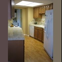 EasyRoommate US Rooms available in spacious condo - Reno - $ 400 per Month(s) - Image 1