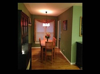 EasyRoommate US - $600 / 1973ft² - Room for rent - female only - Naperville, Naperville - $600