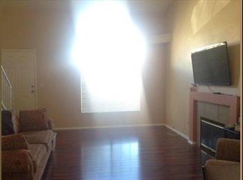 EasyRoommate US - Large bedroom w/ private bathroom for rent! - Summerlin, Las Vegas - $650