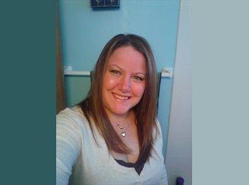 EasyRoommate US - 2 Females Seek Female Rommate - Waukegan, Other-Illinois - $400