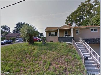 EasyRoommate US - 2 Bedroom 1.5 Bath Ranch w/integral garage - Pittsburgh Eastside, Pittsburgh - $750