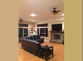 EasyRoommate US - LARGE BEDROOM FOR RENT IN HUGE HOUSE - El Cajon, San Diego - $550