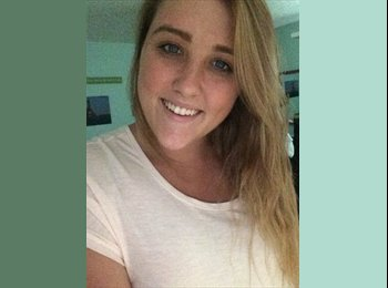 EasyRoommate US - Kenzie - 19 - Other-Florida
