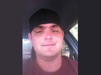EasyRoommate US - Chris - 32 - Jacksonville