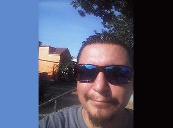 EasyRoommate US - Paul - 35 - Los Angeles
