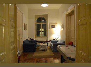 EasyWG AT - Günstiges Zimmer in 4er - WG in Top Lage! - Innenstadt, Graz - €400