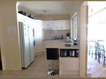 EasyRoommate AU - 10 min Walk to Griffith Uni, Share home - Parkwood, Gold Coast - $150