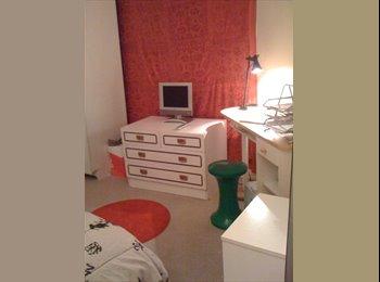 Appartager FR - Chambre disponible de suite. - 11ème Arrondissement, Paris - Ile De France - €700