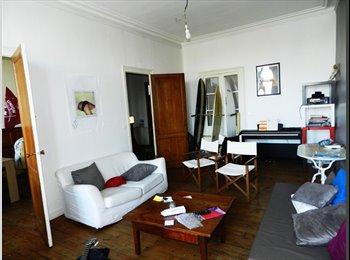 Appartager FR - grand appartement sur les quais - Capucins - Victoire - St Michel - Ste Croix, Bordeaux - €300