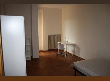 EasyStanza IT - Camere Singole in Via G. Parini - Lecce, Lecce - €170