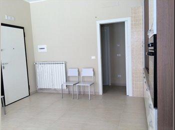 EasyStanza IT - affitto stanza singola - Lecce, Lecce - €250