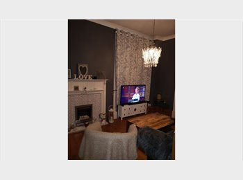 EasyRoommate UK - Double-room with optional separate study room - Cardonald, Glasgow - £400