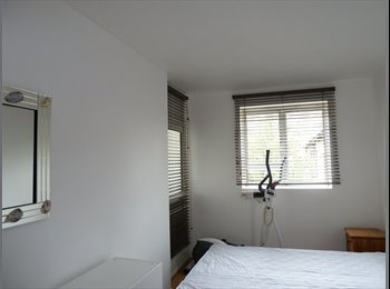 Double bedroom near Oxford Circus Regent's Park