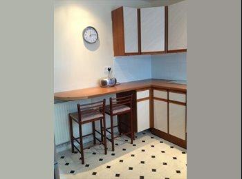 EasyRoommate UK - student rooms for rent now. - Stoke-on-Trent, Stoke-on-Trent - £325