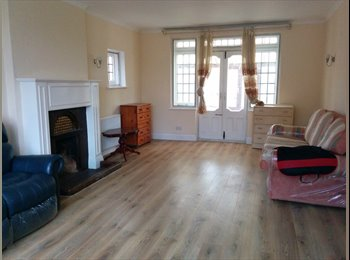Large house with garden and parking inc, bills