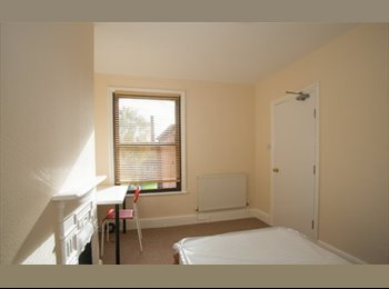 EasyRoommate UK - Rooms to Rent St Johns Worcester - St John's, Worcester - £390