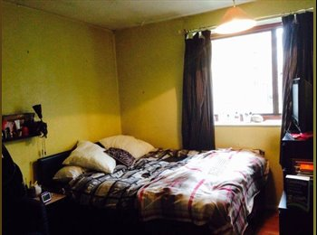 EasyRoommate UK - Double room 2 min to Stepney Green Station - Whitechapel, London - £570