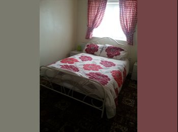 EasyRoommate UK - lovely double room - West Moors, East Dorset - £380