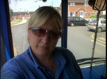 EasyRoommate UK - Maggie - 18 - Tiverton