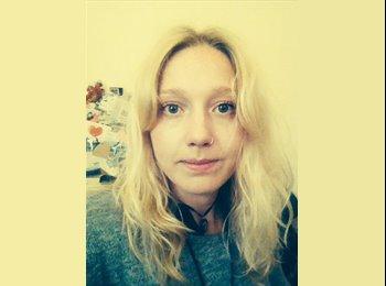 EasyRoommate UK - Natalie - 23 - Cambridge