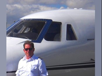 Wayne - 60 - Professional