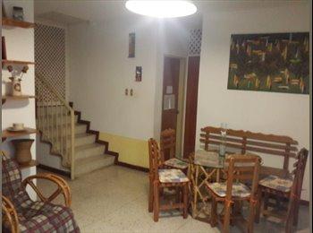 CompartoApto VE - Se Alquila Habitacion, California Sur, Sólo Damas - Sucre, Caracas - BsF7000