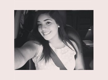 Alejandra - 19 - Estudiante