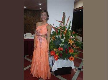 Kathleen  - 24 - Estudiante