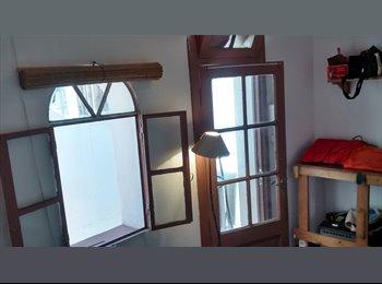 CompartoDepto AR - Habitación en casa en Caballito - Caballito, Capital Federal - AR$2500