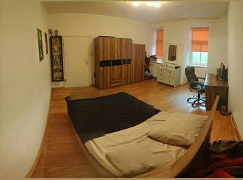 25m² Zimmer in schöner Altbauwohnung mit 8.Bezirk