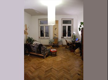 WG-Zimmer in schöner Altbauwohnung