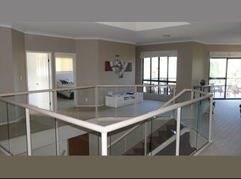 rooms to share Large 5 bedroom house