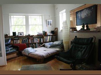 EasyRoommate AU - Room for rent in lovely Art Deco St Kilda flat - St Kilda, Melbourne - $185