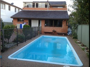 EasyRoommate AU - ROOM AVAILABLE NOW IN A HOUSE. - Brighton-Le-Sands, Sydney - $240