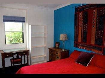EasyRoommate AU - Charming Randwick Private Room with Bathroom - Randwick, Sydney - $260