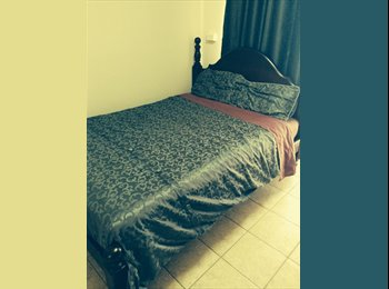 EasyRoommate AU - Furnished room in a family home. - Kallaroo, Perth - $180