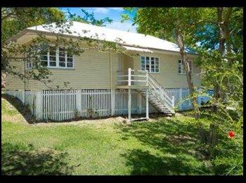 EasyRoommate AU - Indooroopilly Share House - Indooroopilly, Brisbane - $157