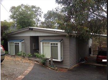 EasyRoommate AU - Room to rent in montmorency  - Montmorency, Melbourne - $175