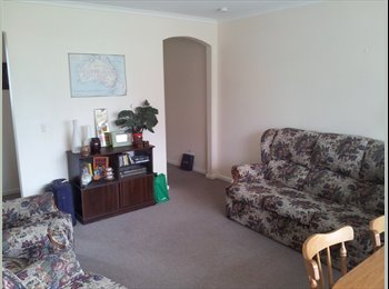 EasyRoommate AU - 1 Room available in 2 bedroom flat in Brunswick - Brunswick, Melbourne - $220
