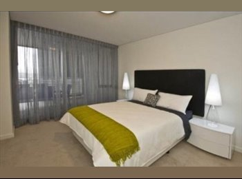 EasyRoommate AU - Bedroom overlooking swan river  - Burswood, Perth - $375