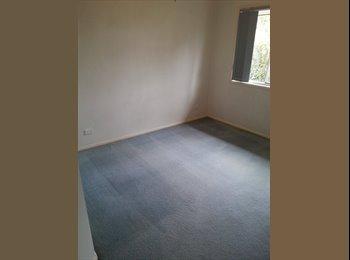 EasyRoommate AU - Moorooka room available - Moorooka, Brisbane - $150